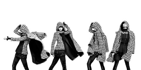 Standing, Monochrome, Pattern, Style, Black-and-white, Interaction, Monochrome photography, Illustration, Tights, Visual arts,