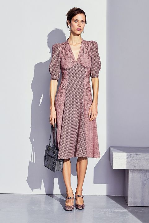 Clothing, Sleeve, Shoulder, Dress, Joint, One-piece garment, Style, Day dress, Fashion model, Fashion,
