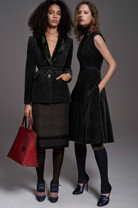 Clothing, Sleeve, Shoulder, Textile, Joint, Outerwear, Pattern, Style, Dress, Bag,