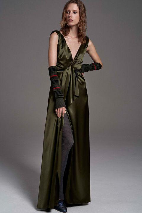 Clothing, Sleeve, Shoulder, Dress, Textile, Joint, Formal wear, One-piece garment, Fashion model, Fashion,