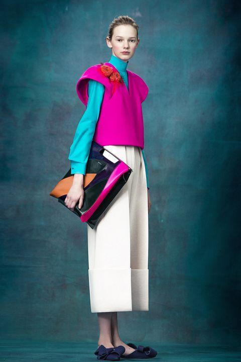 Sleeve, Collar, Style, Suit trousers, Fashion model, Magenta, Lipstick, Costume design, Bag, Waist,
