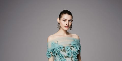 Clothing, Blue, Green, Dress, Sleeve, Shoulder, Textile, Photograph, Gown, Formal wear,