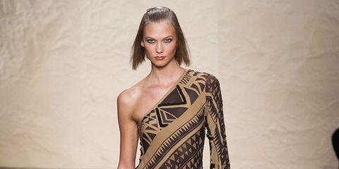 Sleeve, Shoulder, Joint, Dress, Style, Fashion model, One-piece garment, Waist, Fashion, Day dress,