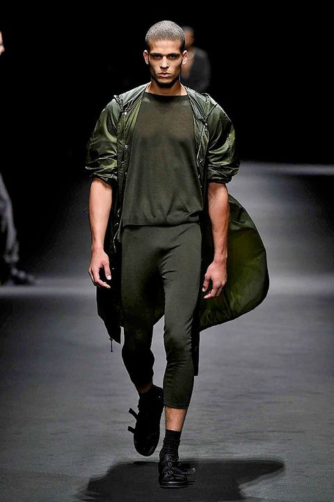 Leg, Human body, Fashion show, Outerwear, Runway, Fashion model, Style, Knee, Fashion, Model,
