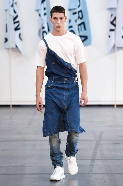 Blue, Sleeve, Denim, Fashion show, Jeans, Textile, Joint, Style, Street fashion, Waist,