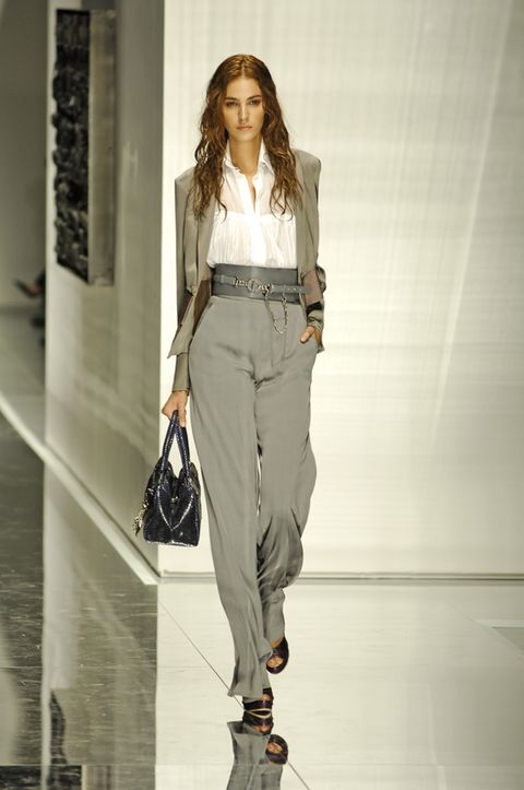 Clothing, Brown, Shoulder, Joint, Outerwear, Fashion show, Style, Bag, Waist, Fashion model,