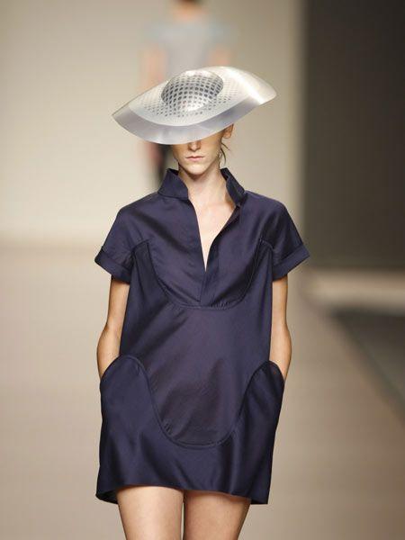 Sleeve, Shoulder, Collar, Joint, One-piece garment, Dress, Headgear, Day dress, Fashion, Neck,