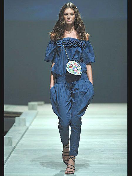 Blue, Human body, Shoulder, Fashion show, Joint, Style, Runway, Fashion model, Fashion, Electric blue,
