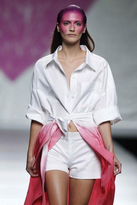 Sleeve, Skin, Fashion show, Shoulder, Red, Pink, Fashion model, Style, Fashion, Bag,