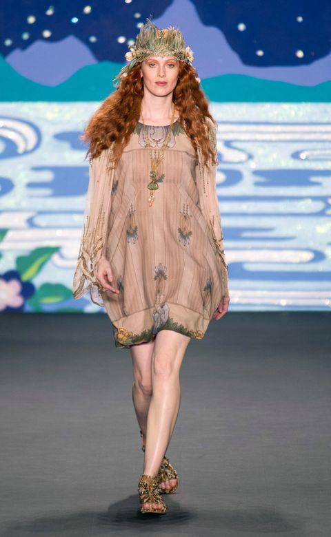 Fashion show, Human leg, Dress, Style, Runway, Fashion model, Fashion, One-piece garment, Youth, Model,