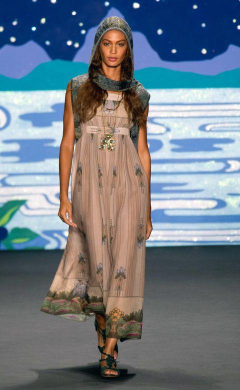 Fashion show, Dress, Style, Runway, Fashion model, Fashion, Model, Costume design, One-piece garment, Long hair,