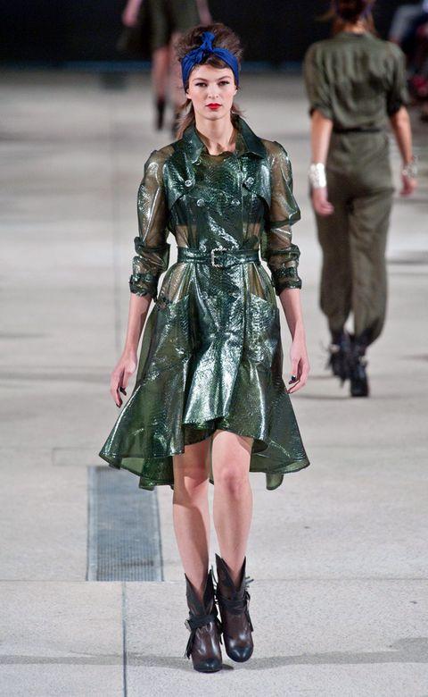 Clothing, Leg, Sleeve, Dress, Outerwear, Fashion show, Style, Street fashion, Fashion model, Fashion,