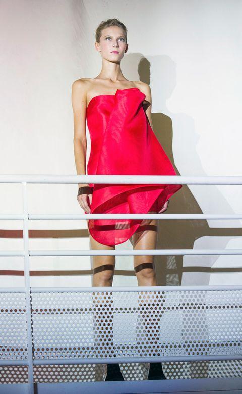 Dress, Shoulder, Joint, One-piece garment, Red, Cocktail dress, Day dress, Fashion model, Waist, Fashion,