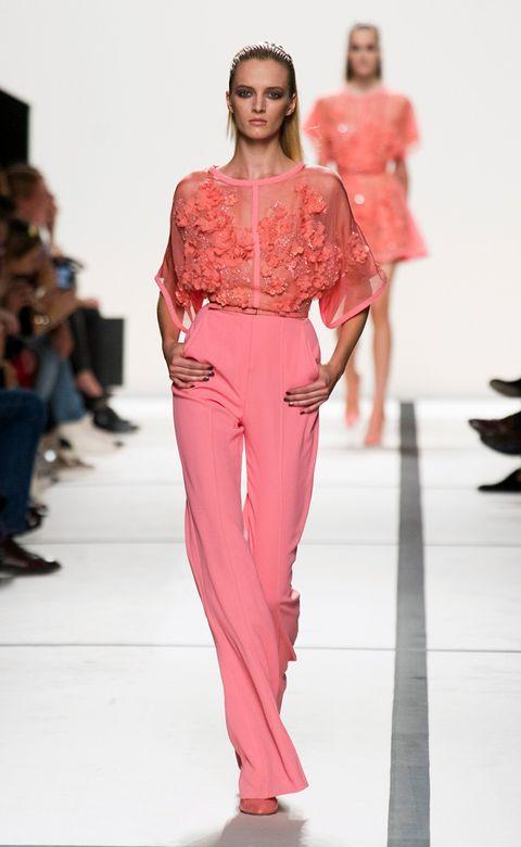 Clothing, Leg, Fashion show, Shoulder, Runway, Joint, Fashion model, Waist, Style, Fashion,