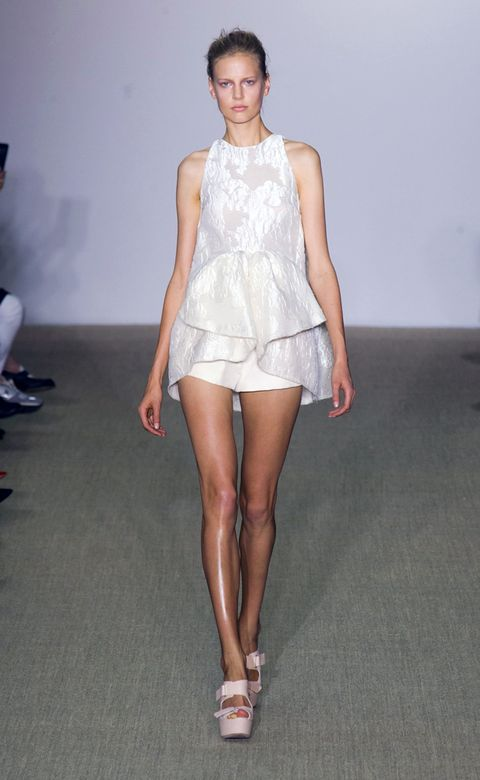 Footwear, Leg, Human leg, Shoulder, Joint, White, Dress, Style, Knee, One-piece garment,