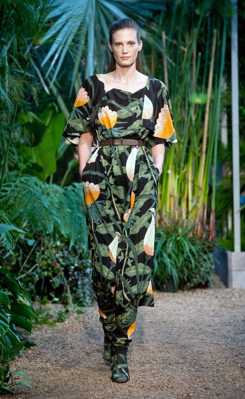 Camouflage, Fashion model, Street fashion, Day dress, Military camouflage, Model, Fashion design, Haute couture, Silk, One-piece garment,
