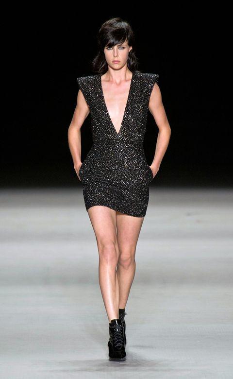 Clothing, Human body, Human leg, Shoulder, Fashion show, Fashion model, Joint, Dress, Style, Jewellery,