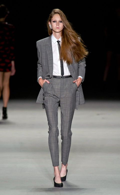 Clothing, Leg, Brown, Fashion show, Human body, Shoulder, Human leg, Shirt, Collar, Coat,