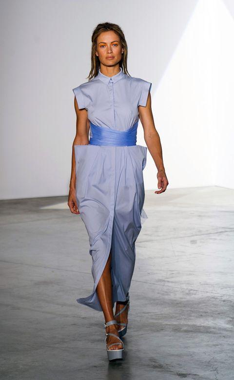 Shoulder, Joint, Style, Waist, Fashion show, Fashion model, Fashion, Neck, Bag, Electric blue,