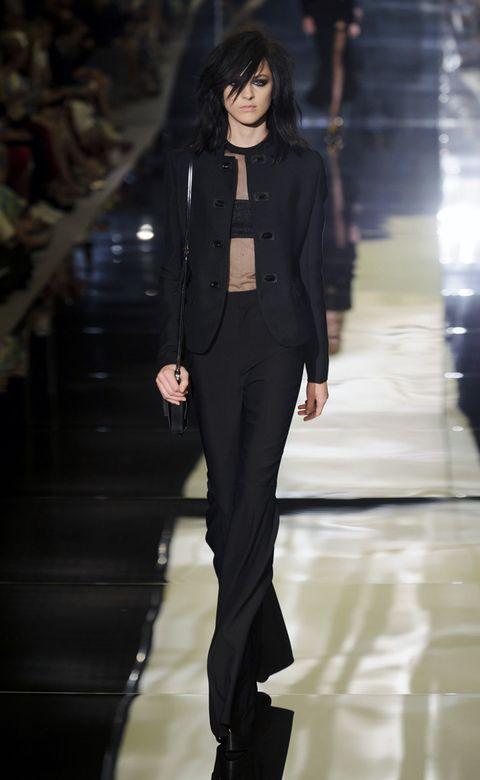 Sleeve, Shoulder, Fashion show, Outerwear, Runway, Fashion model, Style, Formal wear, Street fashion, Fashion,