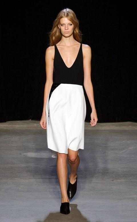 Clothing, Brown, Fashion show, Human leg, Shoulder, Joint, Fashion model, Style, Runway, Waist,