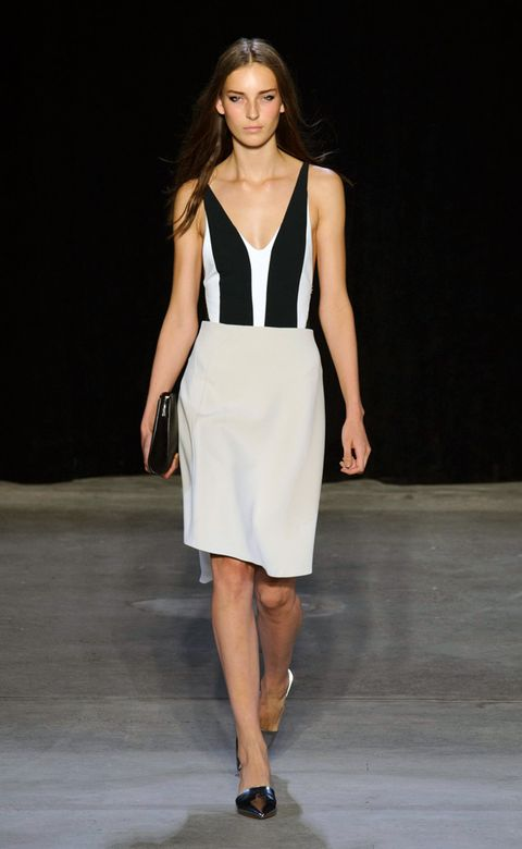 Clothing, Brown, Fashion show, Human leg, Shoulder, Joint, White, Waist, Runway, Style,