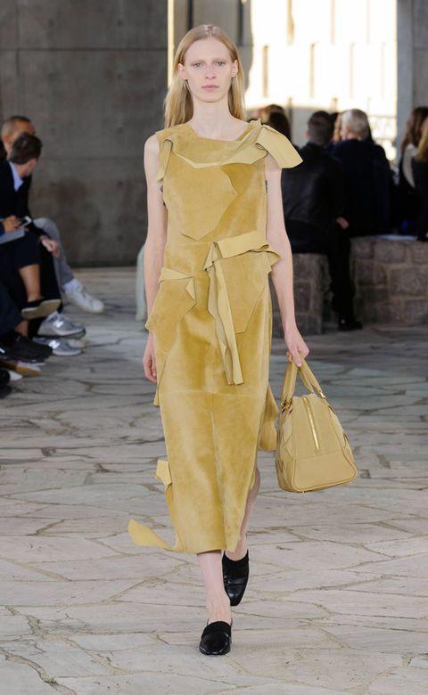 Footwear, Yellow, Shoulder, Fashion show, Bag, Style, Dress, Street fashion, Fashion model, Runway,