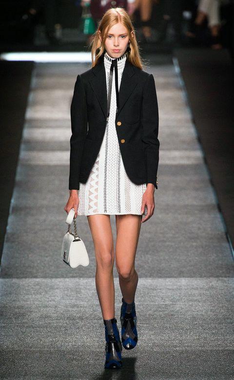 Clothing, Footwear, Leg, Sleeve, Human leg, Shoulder, Joint, Outerwear, Fashion model, Style,