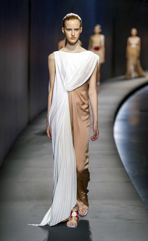 Clothing, Fashion show, Shoulder, Dress, Joint, Runway, Style, Fashion model, Fashion, Neck,