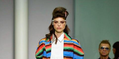 Eyewear, Fashion show, Runway, Style, Street fashion, Fashion, Fashion model, Fashion design, Sunglasses, Model,