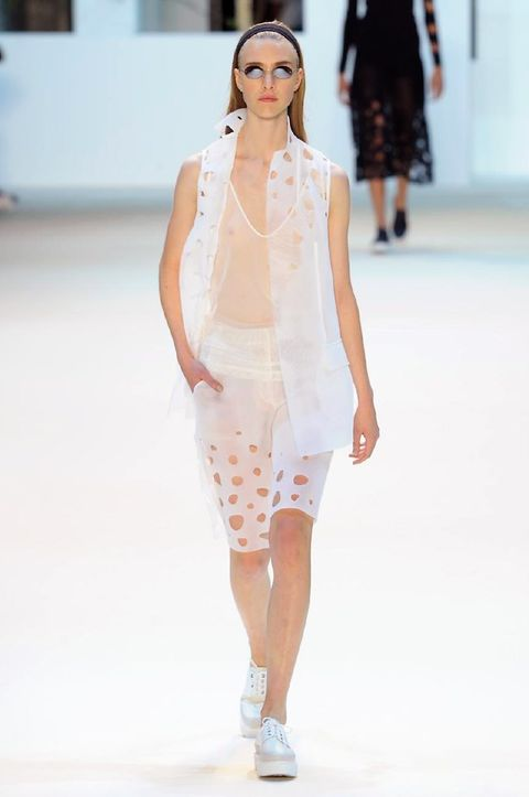 Clothing, Fashion show, Shoulder, Joint, Runway, Style, Fashion model, Waist, Street fashion, Fashion,