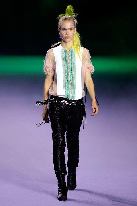 Human body, Fashion show, Jeans, Style, Fashion accessory, Fashion model, Runway, Waist, Fashion, Denim,