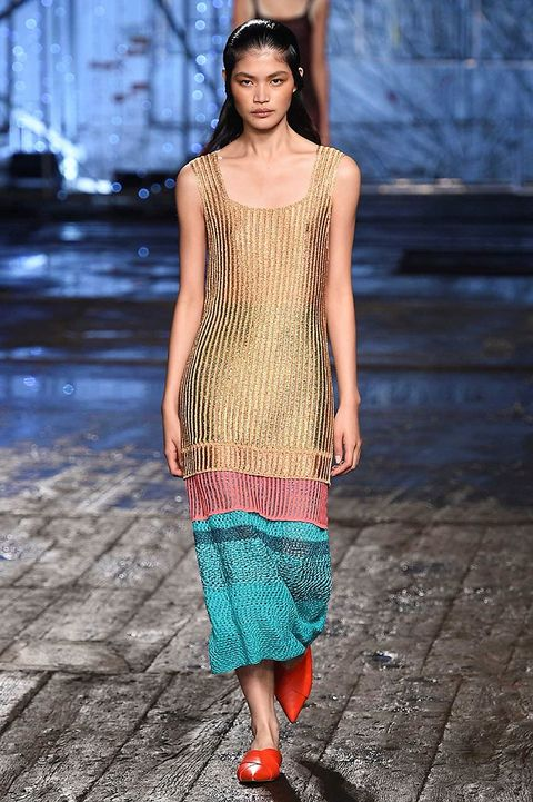 Clothing, Blue, Shoulder, Textile, Style, Street fashion, Pattern, Fashion, Neck, Jewellery,
