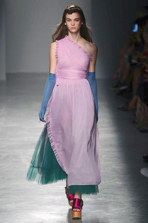 Clothing, Fashion show, Shoulder, Textile, Joint, Magenta, Formal wear, Purple, Style, Waist,