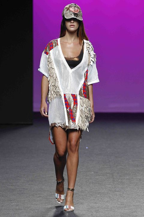 Fashion model, Fashion, Fashion show, Runway, Clothing, Shoulder, Eyewear, Pink, Fashion design, Footwear,