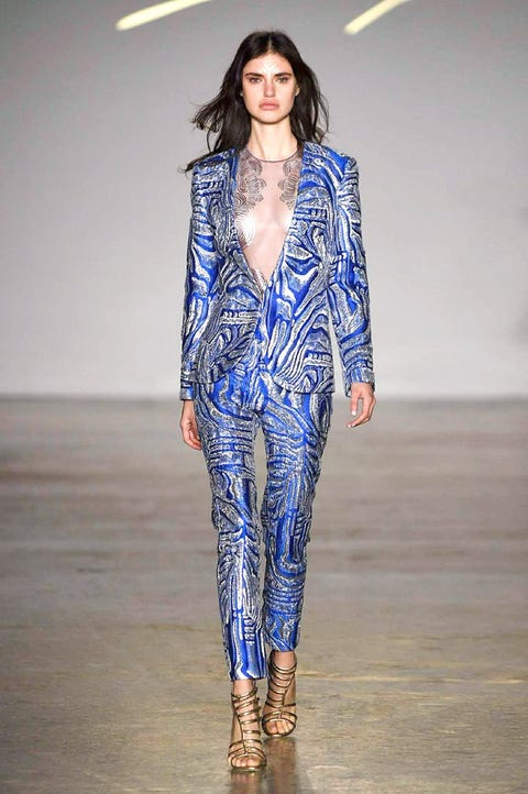 Fashion show, Fashion model, Runway, Fashion, Clothing, Electric blue, Public event, Outerwear, Fashion design, Visual arts,