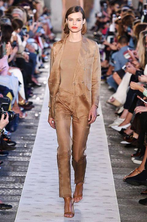Fashion model, Fashion show, Fashion, Runway, Clothing, Shoulder, Haute couture, Footwear, Street fashion, Human,