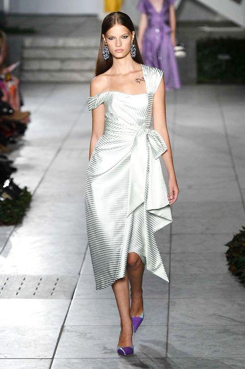 Fashion model, Fashion, Clothing, Shoulder, Fashion show, White, Runway, Dress, Haute couture, Beauty,