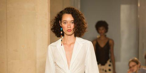 Fashion model, Fashion, Fashion show, Runway, Clothing, Haute couture, Public event, Event, Dress, Neck,