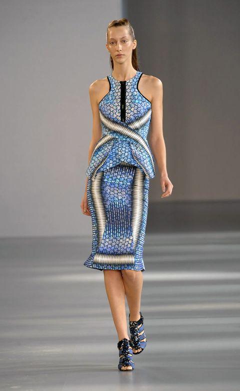 Clothing, Dress, Shoulder, Joint, One-piece garment, Fashion show, Fashion model, Style, Runway, Fashion,