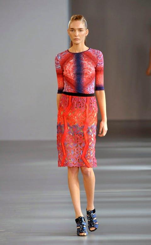Clothing, Sleeve, Shoulder, Human leg, Red, Joint, Fashion show, Fashion model, Style, Waist,