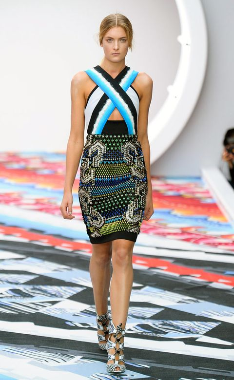 Clothing, Fashion show, Dress, Shoulder, Joint, Fashion model, Runway, Style, One-piece garment, Pattern,