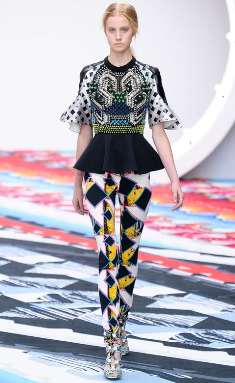 Clothing, Fashion show, Sleeve, Human body, Shoulder, Textile, Joint, Outerwear, Pattern, Runway,