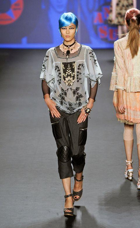 Brown, Human body, Shoulder, Joint, Fashion show, Fashion accessory, Style, Fashion model, Waist, Runway,
