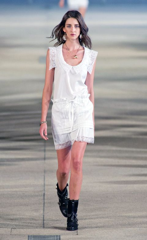 Clothing, Sleeve, Jewellery, Human leg, Joint, Style, Pink, Fashion model, Knee, Street fashion,