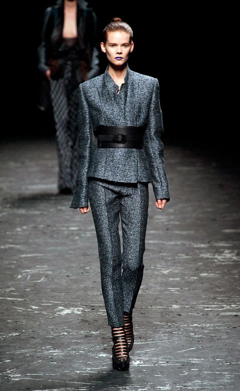 Human, Fashion show, Human body, Outerwear, Runway, Style, Fashion model, Street fashion, Fashion, Neck,