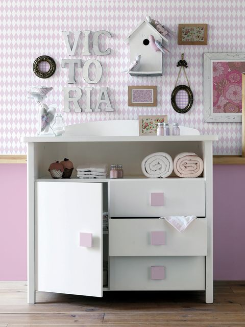 Room, Wall, Pink, Drawer, Cabinetry, Chest of drawers, Grey, Lavender, Home accessories, Picture frame,