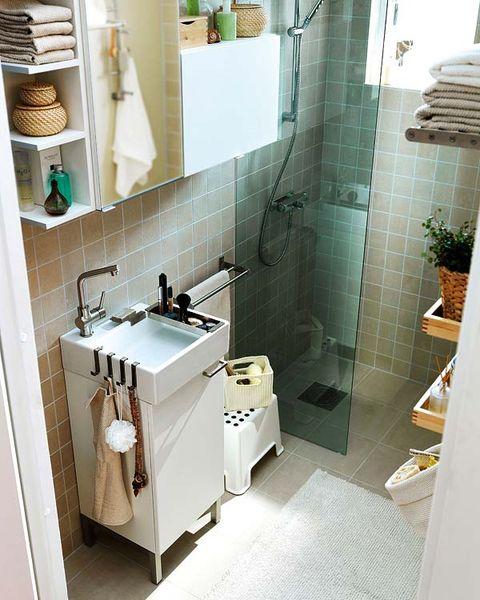 Plumbing fixture, Room, Property, Floor, Wall, Interior design, Flooring, Tap, Tile, Sink,