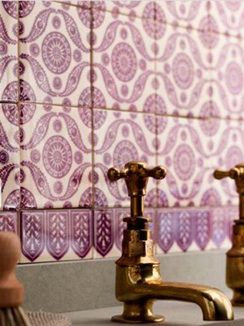 Wall, Purple, Brass, Pattern, Household hardware, Metal, Bronze, Interior design, Wallpaper, Plumbing fixture,