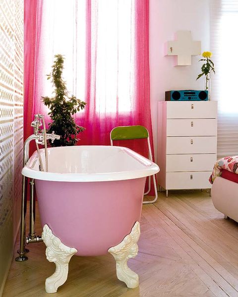 Interior design, Wood, Room, Floor, Product, Chest of drawers, Flooring, Property, Bathtub, Purple,
